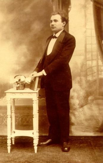 M.Guillaume jeune